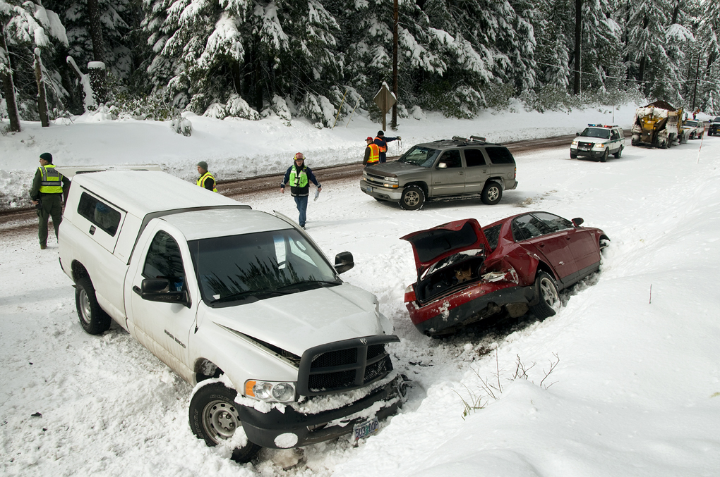 cars in a snow accident